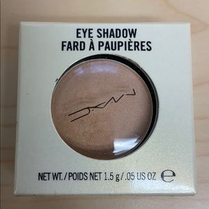 MAC Claire De Lune Eyeshadow